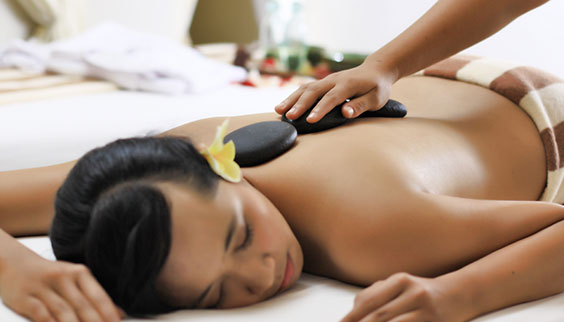 The massage is performed by two therapists that create a synergy to facilitate the balancing of energies within the body.